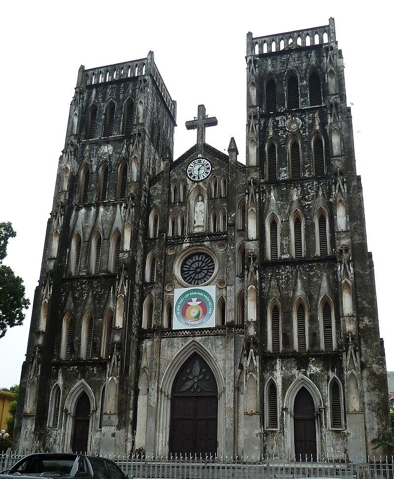 Catedral de San José in Hanoi.jpg