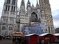 Cathédrale Notre-Dame de Rouen and Christmas stalls - panoramio.jpg
