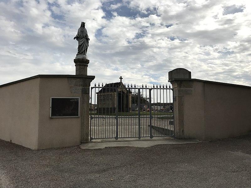 Cimetière de Faramans en octobre 2017.