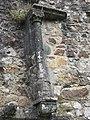 Château de Bricquebec - Vestige d'une cheminée.JPG