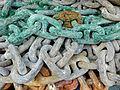 Chains (25491126954).jpg