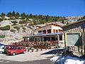 Chalet Reynard sur le route du sommet du Ventoux.jpg