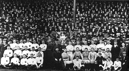 Batley and St Helens pose before the 1897 Final