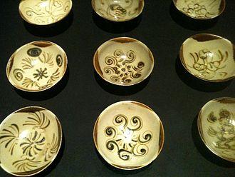 Belitung shipwreck - Bowls from kilns in Changsha, Hunan