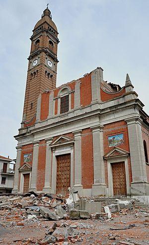 2012 Northern Italy earthquakes - The damaged church of Saint Paul in Mirabello, Ferrara.