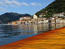 Christo's The Floating Piers (5).jpg