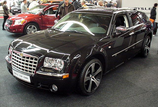 File chrysler 300c touring 3 0 crd jpg wikimedia commons for Chrysler 300c crd