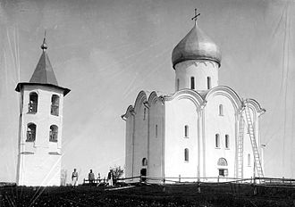 Nereditsa Church - Image: Church of the Transfiguration in Spas Nereditsy 00