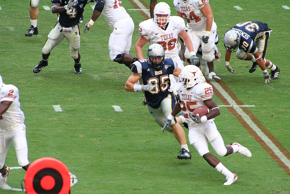 College football - Texas Longhorns vs Rice Owls - tailback Jamaal Charles rushing - 2006-09-16