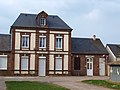 Corneuil-FR-27-mairie-13.jpg