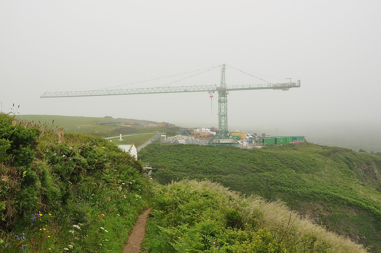 8205 cornwall - File Crane At The Lizard Lifeboat Station 8205 Jpg