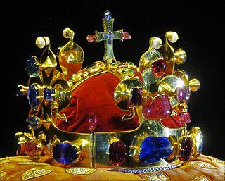 Svatováclavská koruna – Wikipedie 95fdd674272