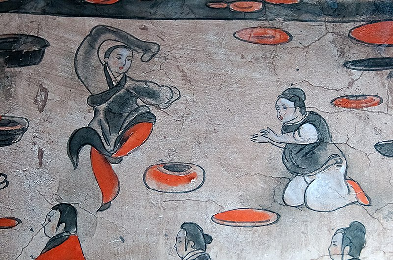 Depiction of a dancer from the Eastern Han dynasty, Dahuting tomb mural Dahuting tomb mural detail of a dancer, Eastern Han Dynasty.jpg