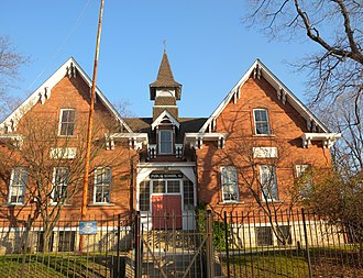 Eastchester, Bronx - The historic PS 15 on Dyre Avenue