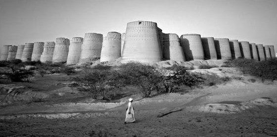 Derawar Wall located in Bahawlpur, Pakistan
