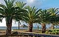Die gepflegte Strandpromenade von Santa Cruz, Madeira. 06.jpg