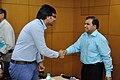 Divey Yadav Shakes Hands with Anil Shrikrishna Manekar - Kolkata 2016-03-07 2221.JPG