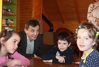 Predrag Bošković - Predrag Boskovic with kids in the kindergarten in Pljevlja (May 2014)