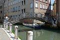 Dorsoduro Ponte dei Ragusei Rio dei Tentor a Venezia.jpg