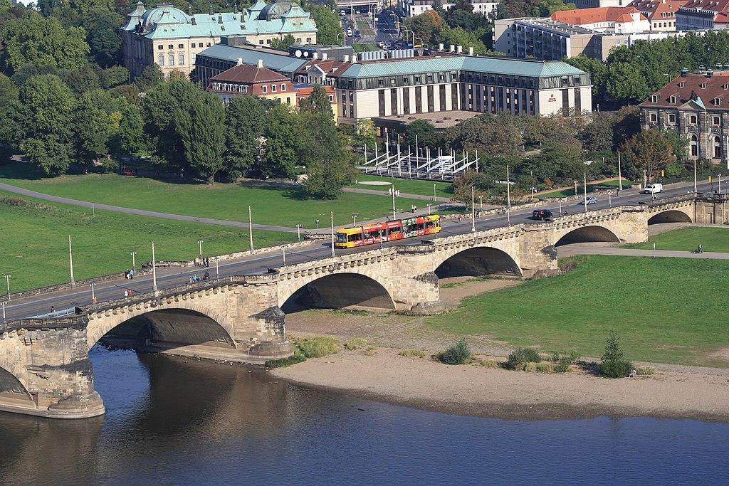 Dresden vom Oben gesehen. Blick von der Frauenkirche...IMG 5195BE