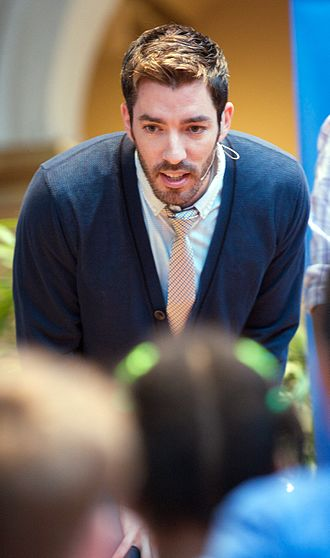 Drew Scott - Image: Drew Scott Let's Read Let's Move