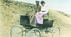 Stanley Motor Carriage Company - F. O. Stanley and his wife Flora drove to the top of Mount Washington in New Hampshire to generate publicity for their firm.