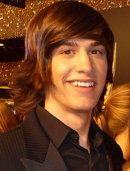 Dylan Patton 2010 Daytime Emmy Awards.jpg