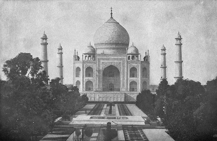 EB1911 Indian Architecture - Taj Mahal.jpg