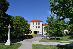 Eastern Oregon University - Pierce Library