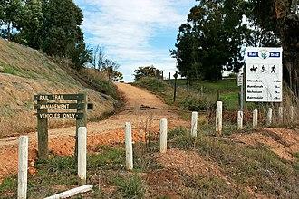 East Gippsland Rail Trail - Image: East Gippsland Rail Trail near Bruthen heading Sth Wst, 30.08.2008