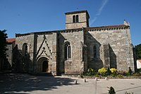 Eglise de Saint Paul-en-Pareds.jpg
