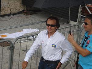 Emerson Fittipaldi - Emerson Fittipaldi in the 2011 São Paulo Indy 300. He waved the green flag at the start of the race.