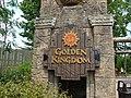 Entrando al Golden Kingdom - panoramio.jpg