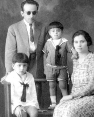 Erminio Blotta - Erminio Blotta and his family, c.1925.