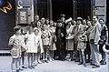Esküvői csoportkép, 1946 Budapest. Fortepan 104623.jpg