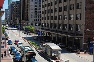 Euclid Avenue (Cleveland) - Image: Euclid Avenue in Downtown Cleveland, looking east from E 6th Street