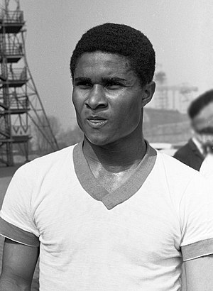 Toronto Croatia - Portuguese international Eusébio was instrumental in winning the Soccer Bowl '76 for Toronto Metros-Croatia