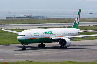 Eva Airways, B777-300, B-16715 (19410463341).jpg
