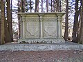 Farnsworth Cemetery (198 9504).jpg