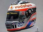 Fernando Alonso 2007 helmet front-left 2017 Museo Fernando Alonso.jpg