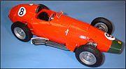 Ferrari 801, la descendante de la D50 n'arbore plus de réservoirs ou de carénages latéraux
