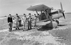 Fiat CR32 with RAAF officers at Benghazi 1941.jpg