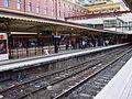 Flinders Street Station platforms, Melbourne.jpg