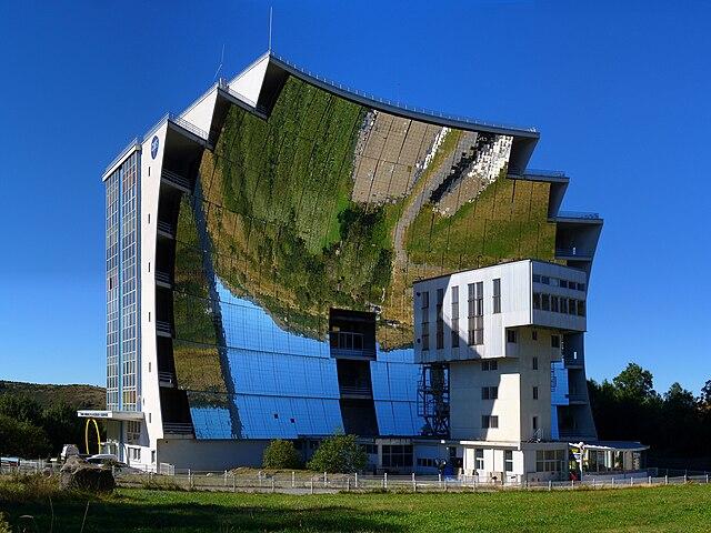 Weltgrößter Solarschmelzofen (Frankreich)