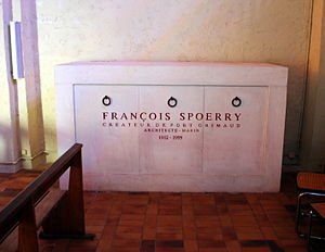 François Spoerry - His tomb at the church in Port Grimaud