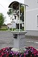 Frankenau-Figurenbildstock Nepomuk rechts vorne.jpg