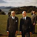 Frondizi con Eisenhower.jpg