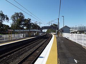 Gailes railway station, Brisbane - Northbound view from Platform 1 in September 2012