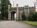 Gate House to Roche Court now Boundary Oak School - geograph.org.uk - 159904.jpg