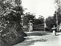 Gates at Royal Botanic Gardens (4272992138).jpg